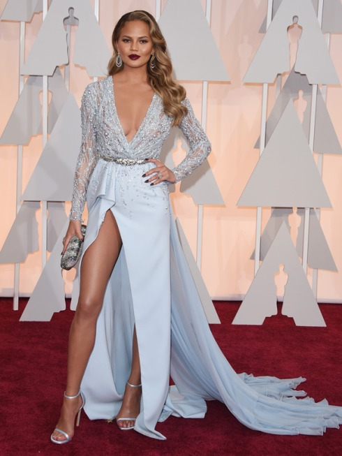 chrissy-teigen-oscars-2015-academy-awards
