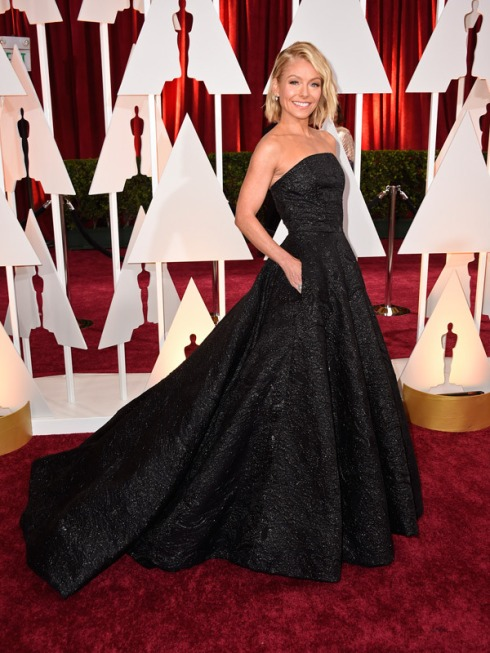 kelly-ripa-oscars-2015-academy-awards